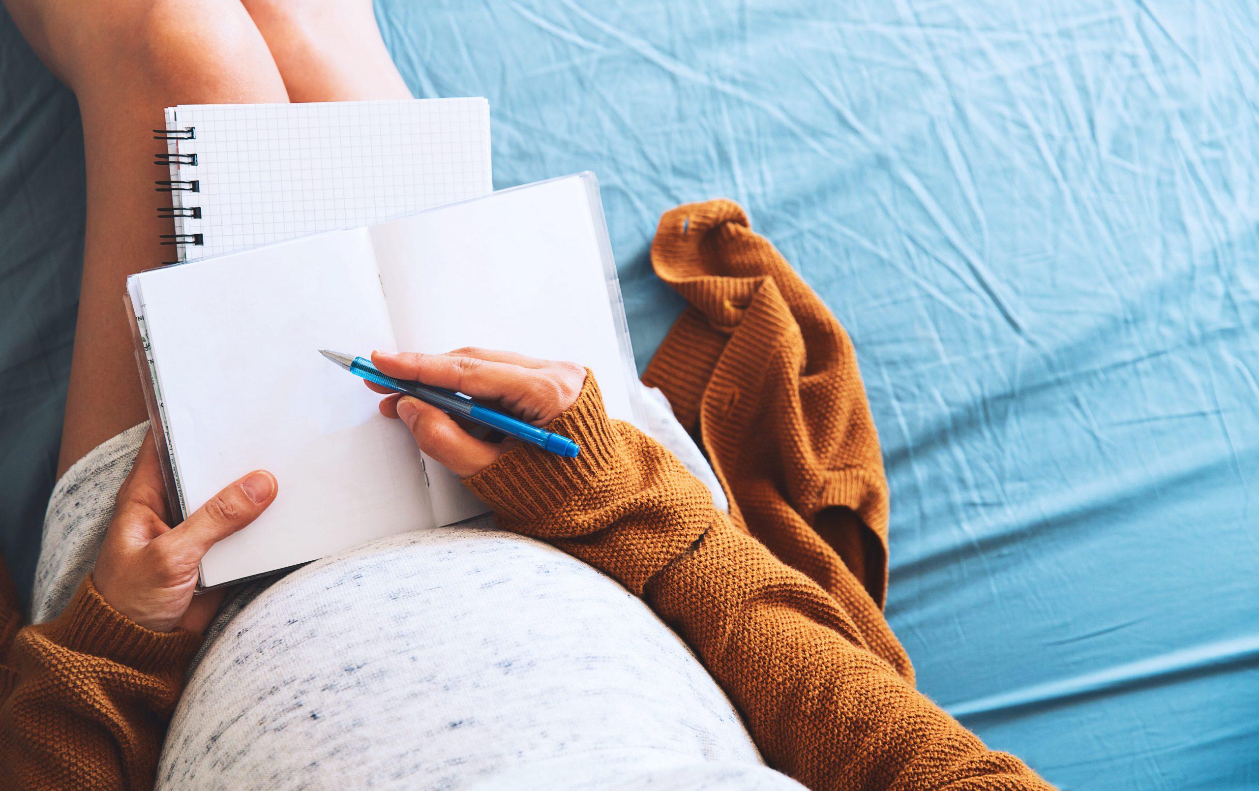 リストでわかる!出産前後に必要な手続き。いつまでに誰がやる?
