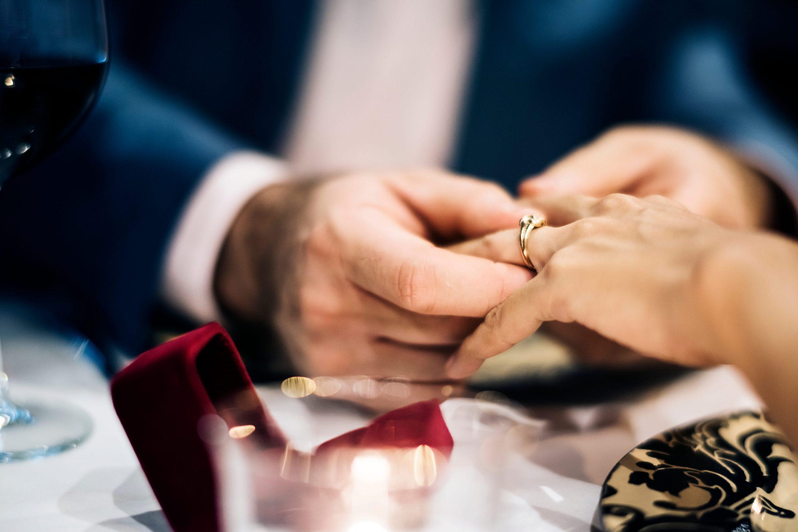 結婚を決めるタイミングはいつ?ゴールインが叶う最適な時期とは