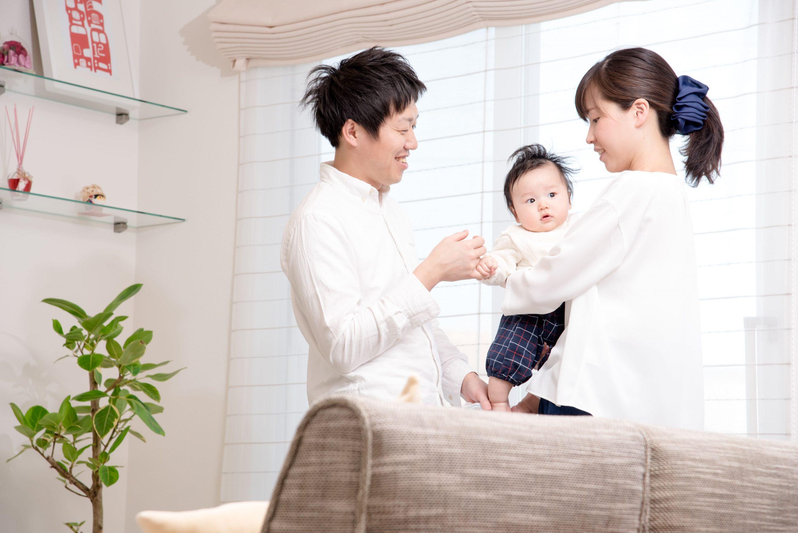 育児休業を取りたい!給付金額や期間、申請方法をまるっと解説